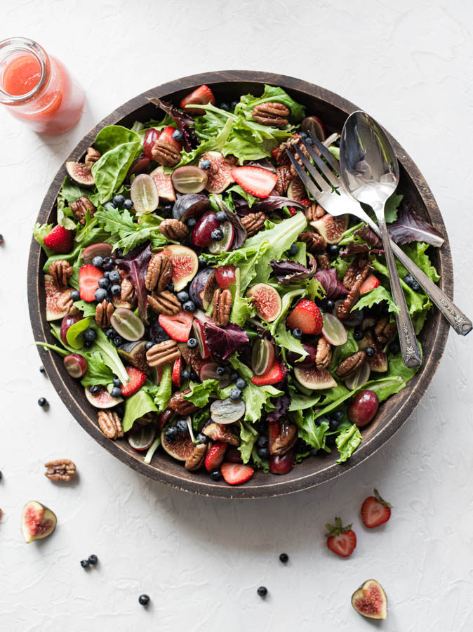 Naturally Sweetened Berry Fig Salad